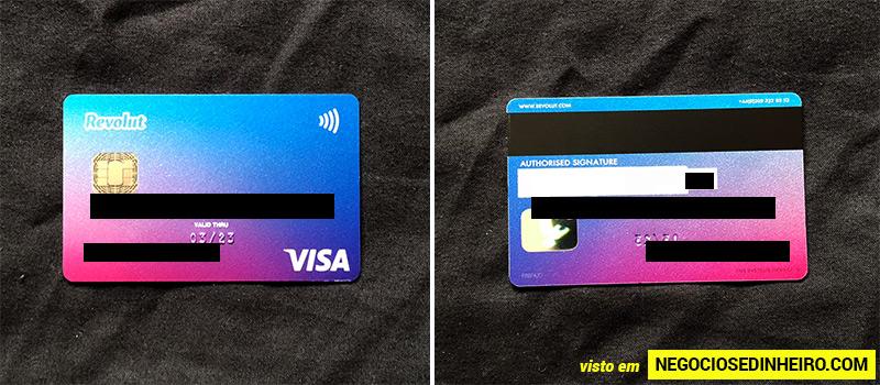 Frente e verso do cartão de débito Revolut