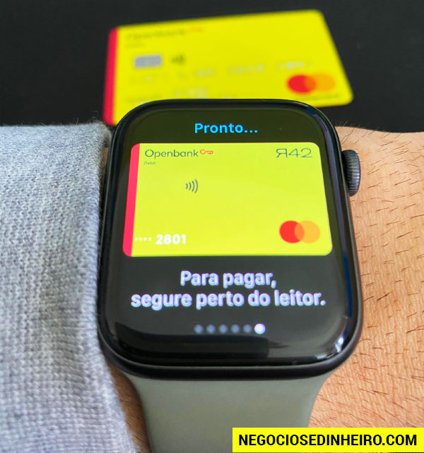 Pagar compras usando o Apple Watch (Apple Pay)