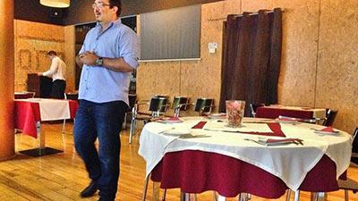 Rui Salvador, numa das muitas conferências a aliciar novos afiliados